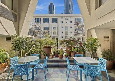 Outdoor Terrace/Cafe